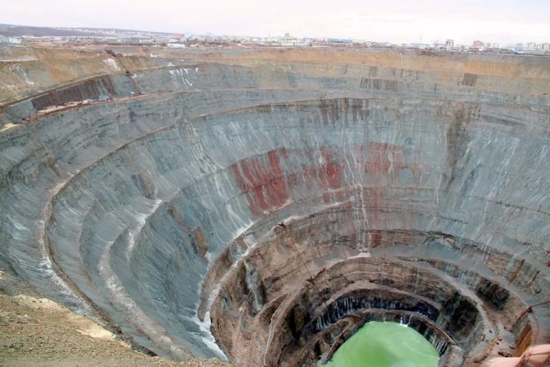 آمار اشتغال در ۷۵۰۰ معدن کشور اعلام شد