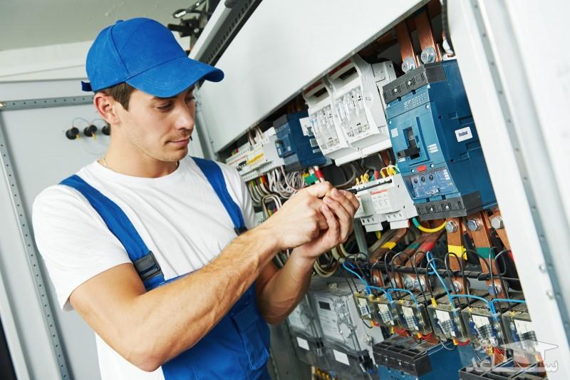 آشنایی با شغل و رشته مهندسی برق