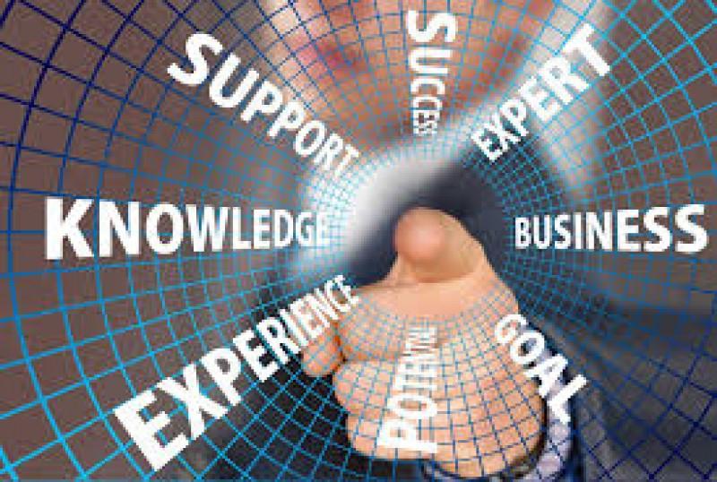 آشنایی با شغل کارشناس تحقیقات بازار