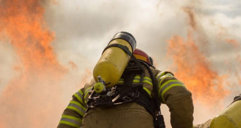 تعیین تکلیف سخت و زیان آور بودن شغل آتش نشانی تا یک ماه آینده