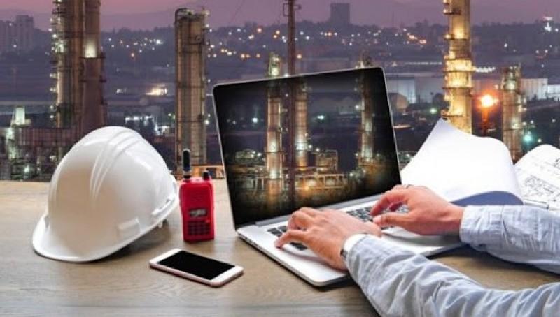 بررسی استخدام و کار مهندس صنایع