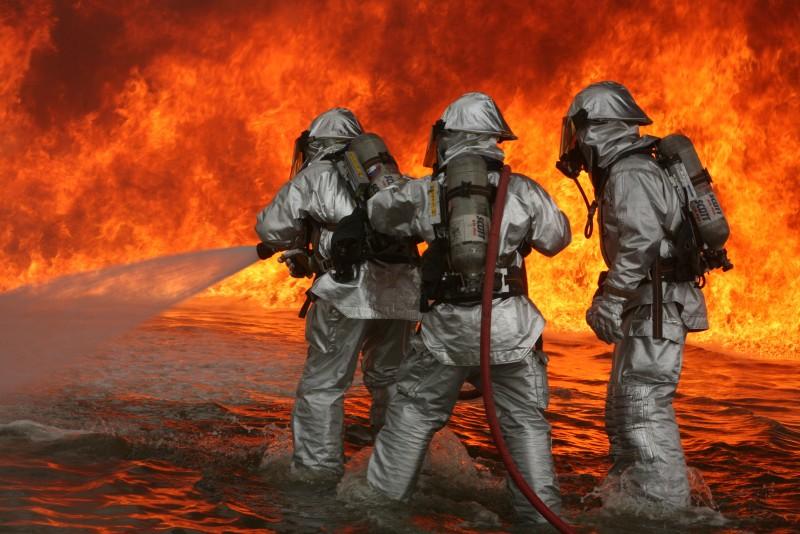 آشنایی با شغل آتش نشان