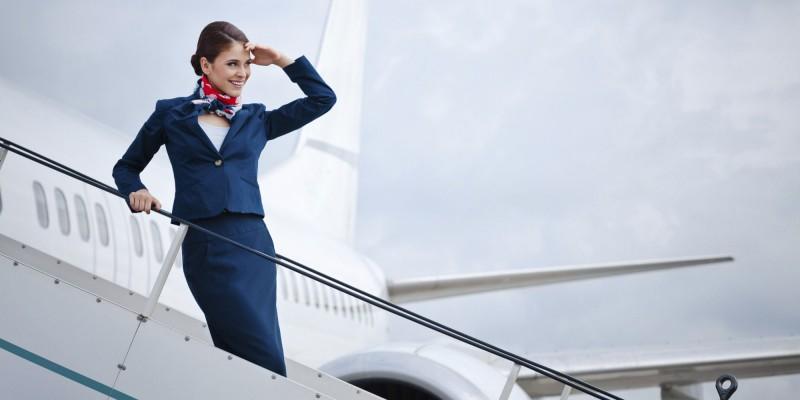 بررسی شغل مهماندار هواپیما