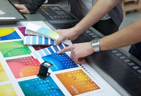 نظارت بر چاپ و آشنایی با اصول کار با رنگ ها و ابعاد