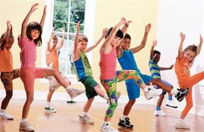 مربی رقص و حرکات موزون