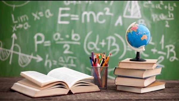 وضعیت و شرایط کار معلم زبان انگلیسی